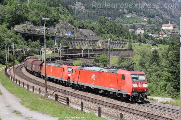 185 120-3 DB à Wassen (CH)