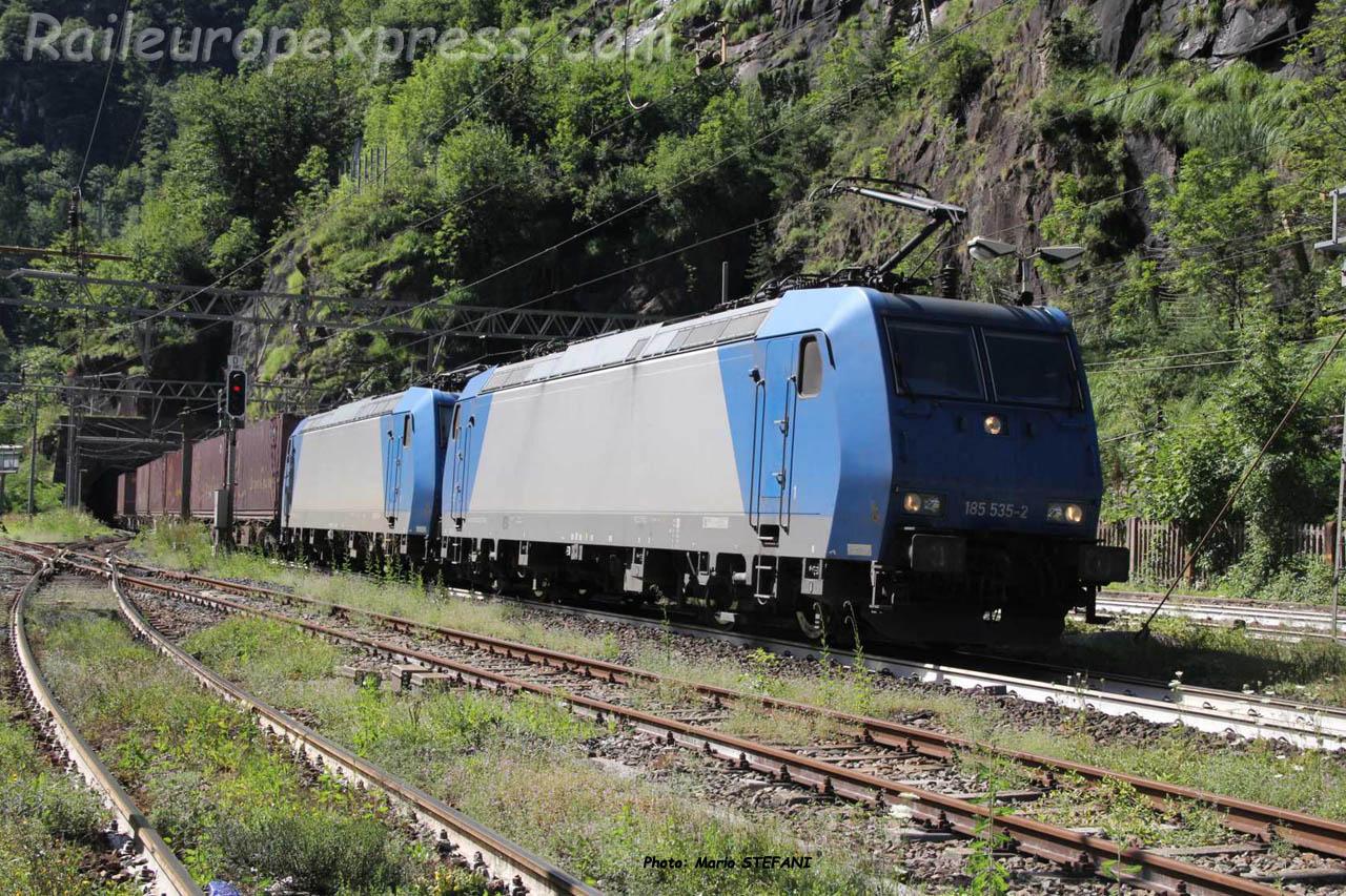 185 585-2 Crossrail à Iselle (I)