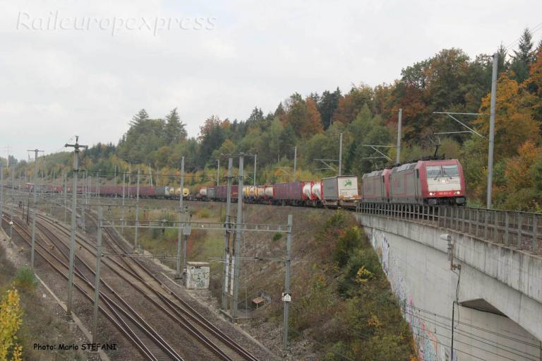 185 620-0 Crossrail à Mattstetten (CH)