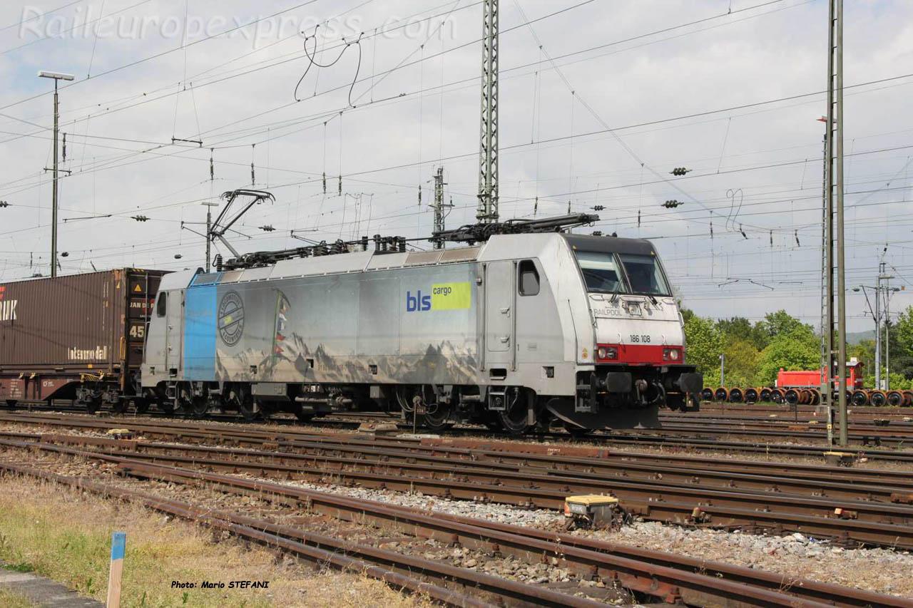 186 108-7 BLS à Basel (CH)