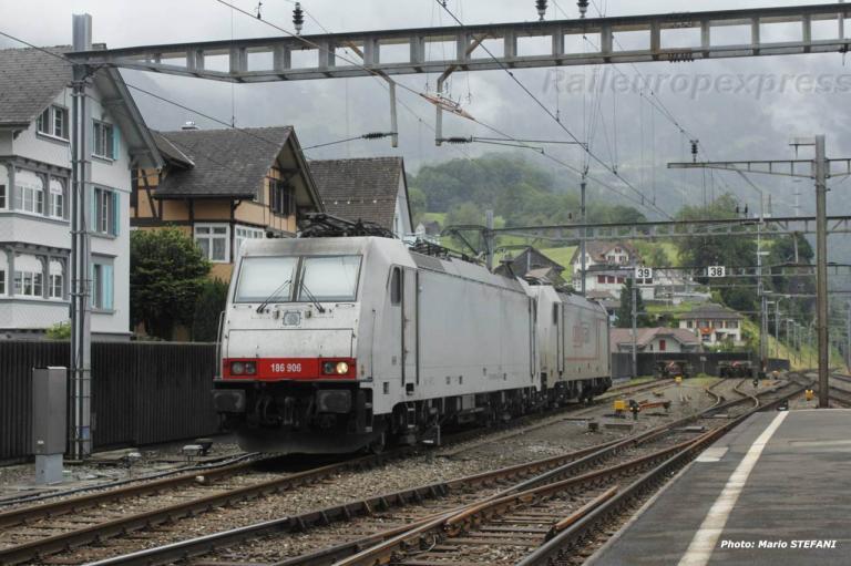 186 906 Crossrail à Arth Goldau