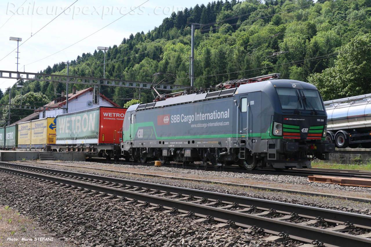193 260-7 CFF à Hendschiken (CH)