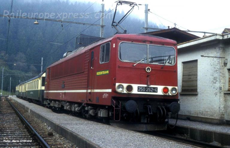 250 252-4 SOB à Biberbrugg (CH)