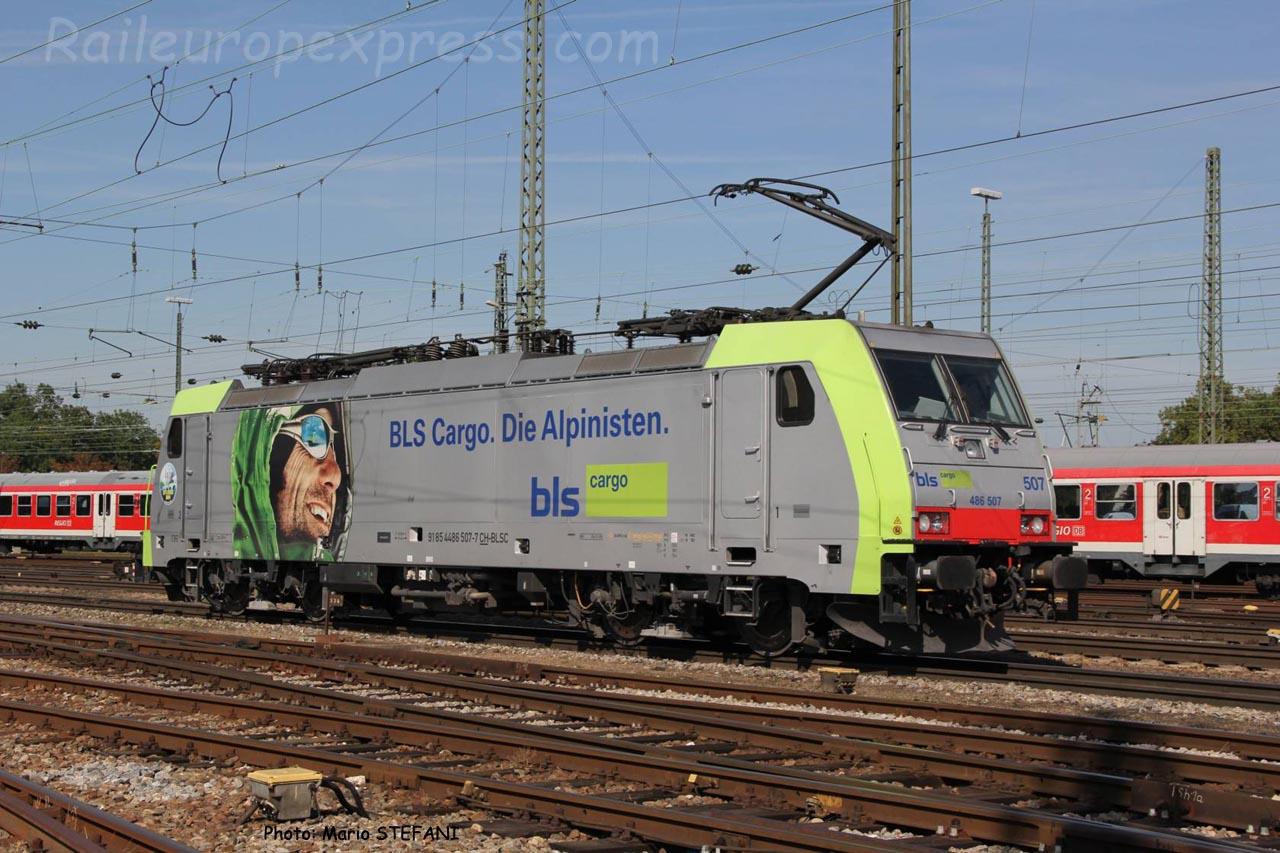 486 507 BLS à Basel (CH)