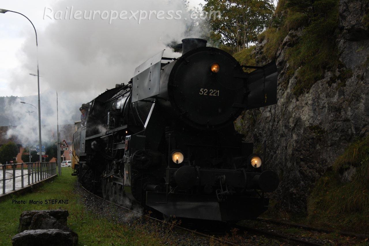 52 221 DB à Fleurier (CH)