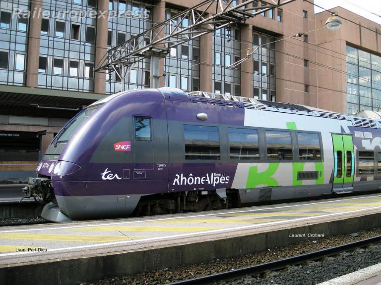 AGC SNCF à Lyon Part-Dieu