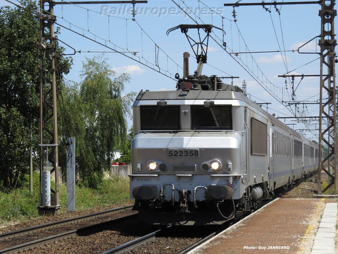 BB 22358 SNCF à Gevrey (F 21)