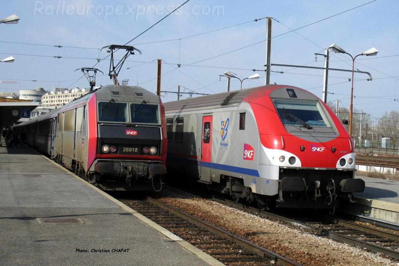 BB 26018 SNCF à Paris Bercy (F-75)
