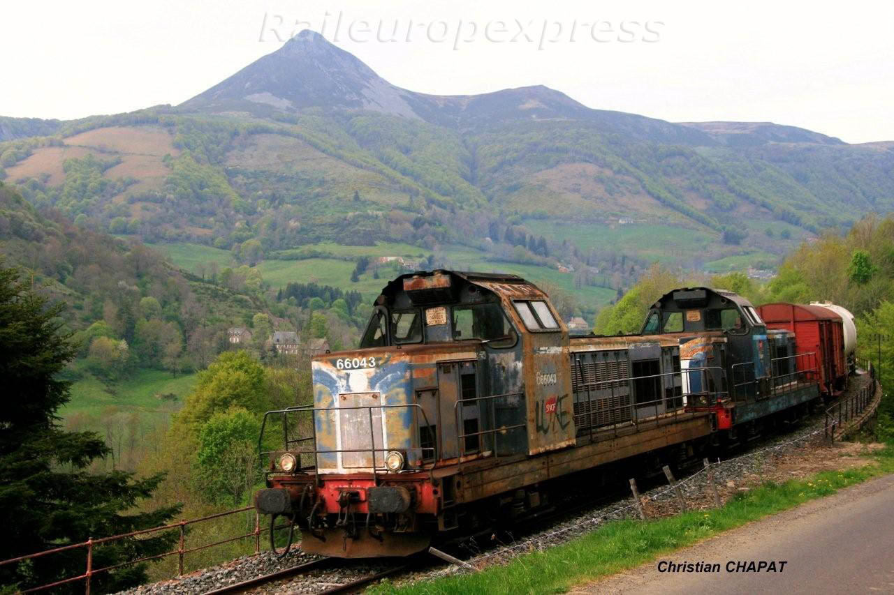BB 66043 descend du Lioran vers Aurillac