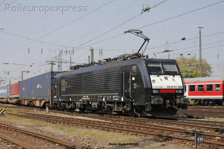 E 189 998 MRCE à Basel (CH)