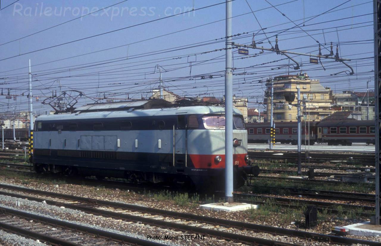 E 444 075 FS à Milano Centrale (I)