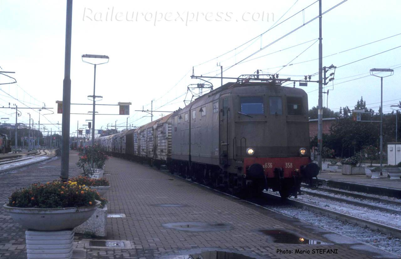 E 636 358 FS à Rimini (I)