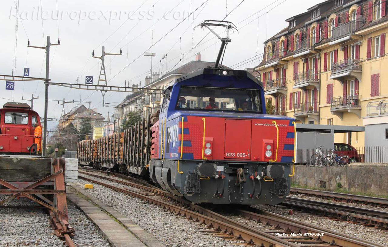 Eem 923 025-1 CFF à Neuchâtel (CH)