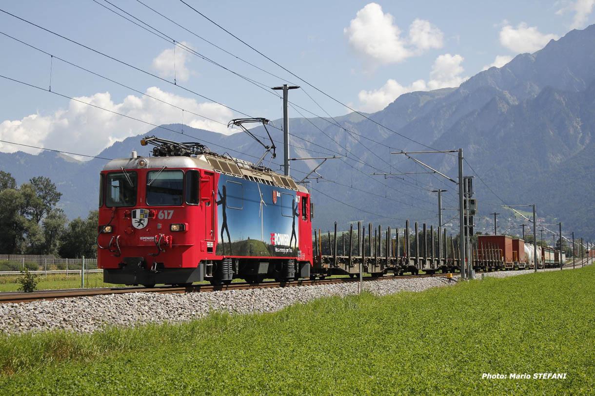 Ge 4/4 II 617 RhB à Felsberg