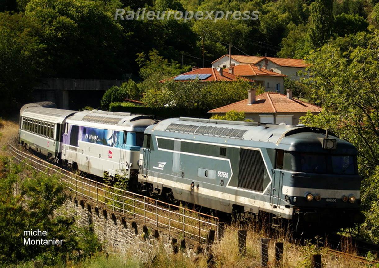 Les BB 67556 et 67558 en UM en tête du Cévenol à Villefort