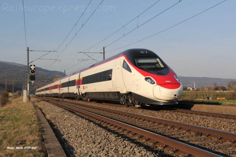 RABe 503 022-0 CFF à Boudry (CH)