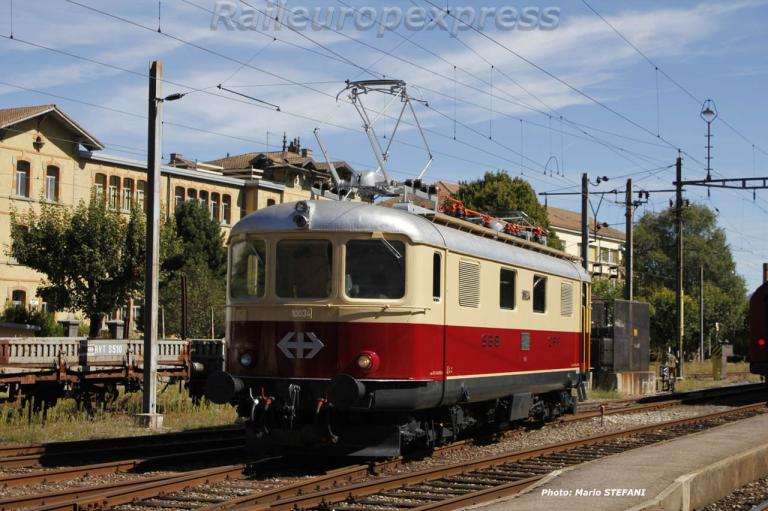 Re 4/4 10034 TEE CFF à Fleurier