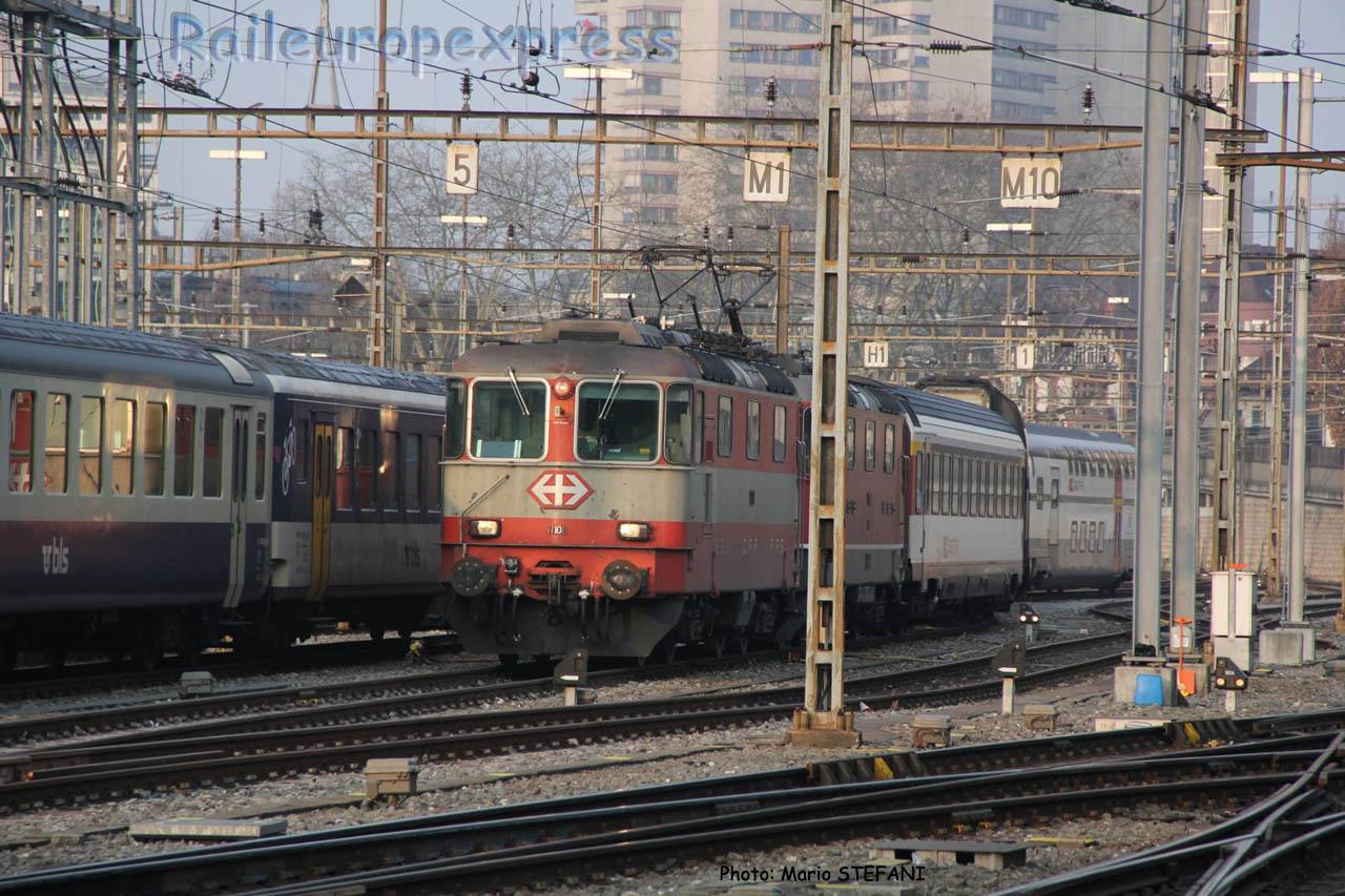 Re 4/4 II 11108 CFF à Bern (CH)