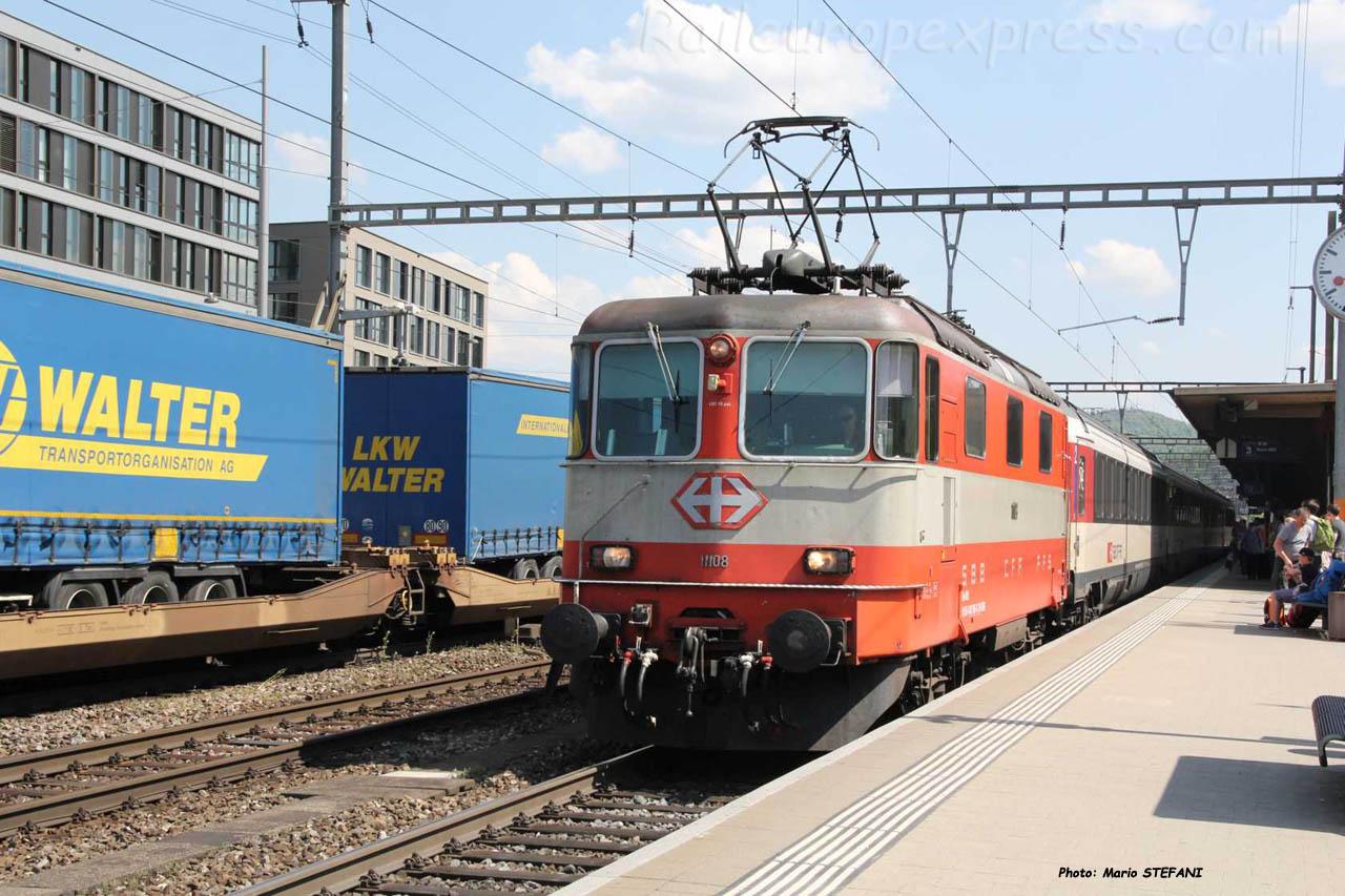 Re 4/4 II 11108 CFF à Liestal (CH)