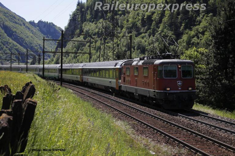 Re 4/4 II 11132 CFF