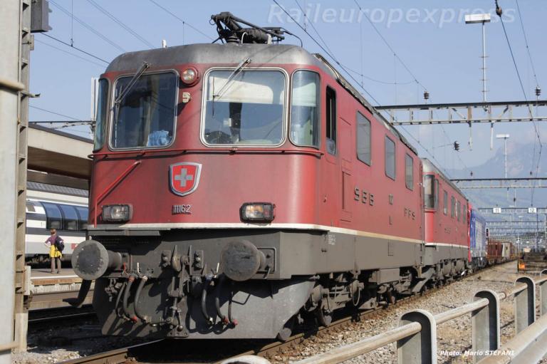 Re 4/4 II 11162 CFF à Arth Goldau