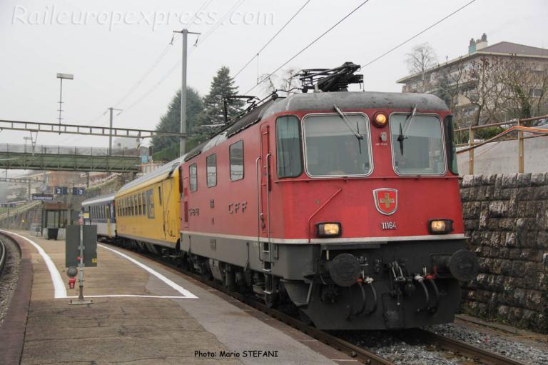 Re 4/4 II 11164 CFF à Auvernier (CH)