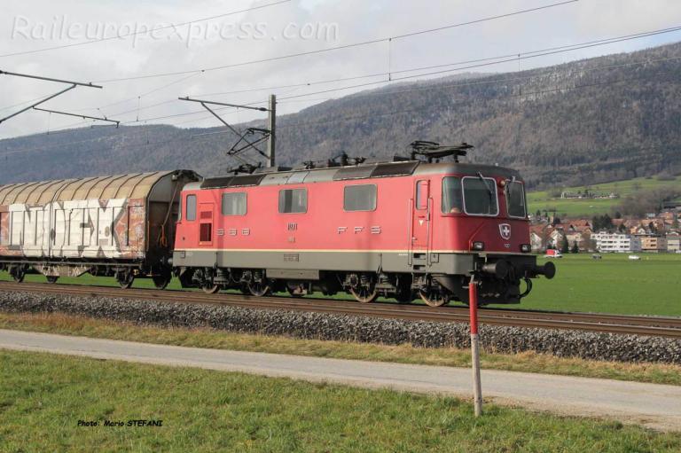 Re 4/4 II 11271 CFF à Bettlach (CH)