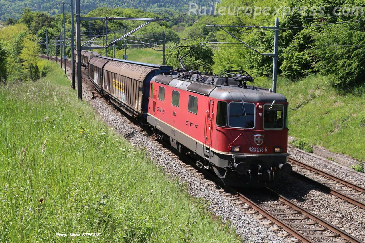 Re 420 273-5 CFF à Colombier-Planeyse (CH)
