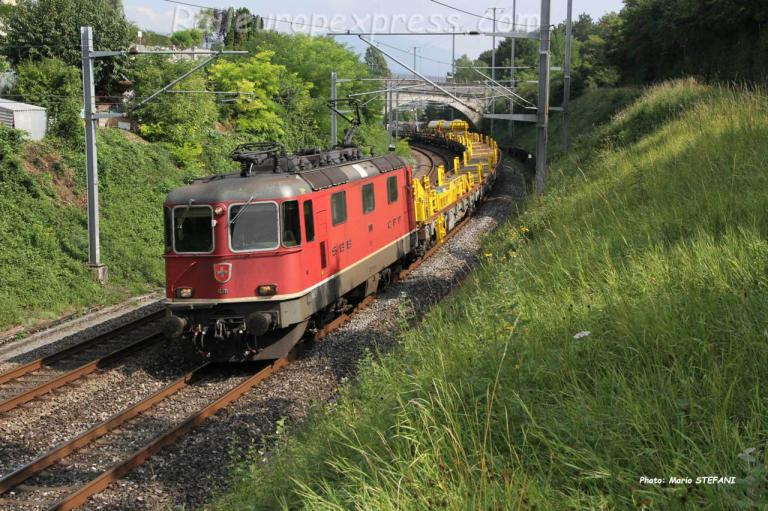 Re 4/4 II 11311 CFF à Boudry (CH)