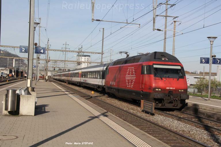 Re 460 106-8 CFF à Pratteln (CH)