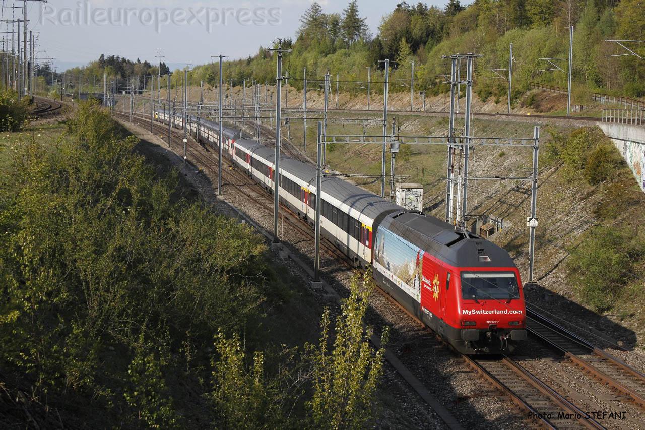 Re 460 CFF à Mattsetten (CH)