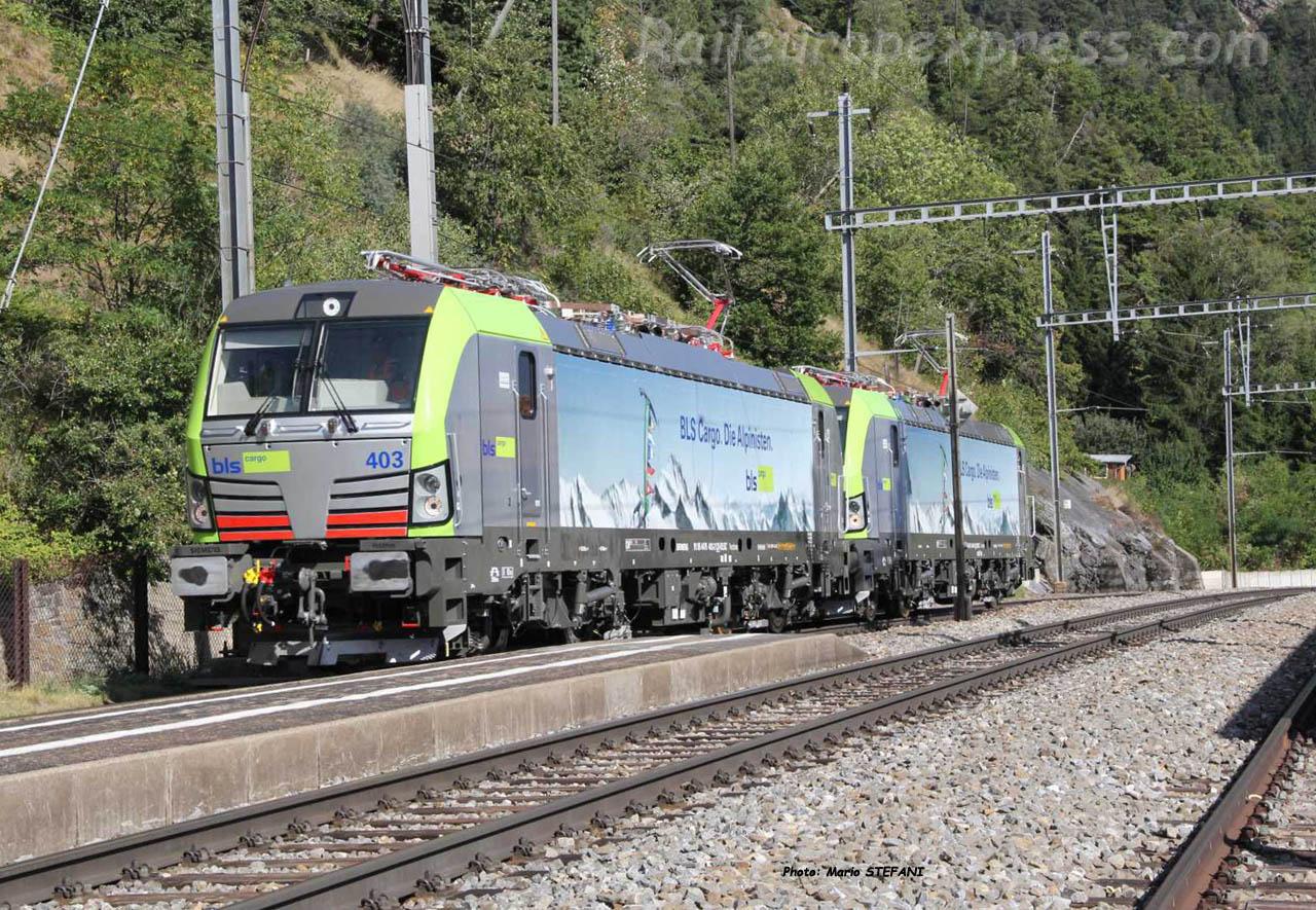 Re 475 403 BLS à Hohtenn (CH)