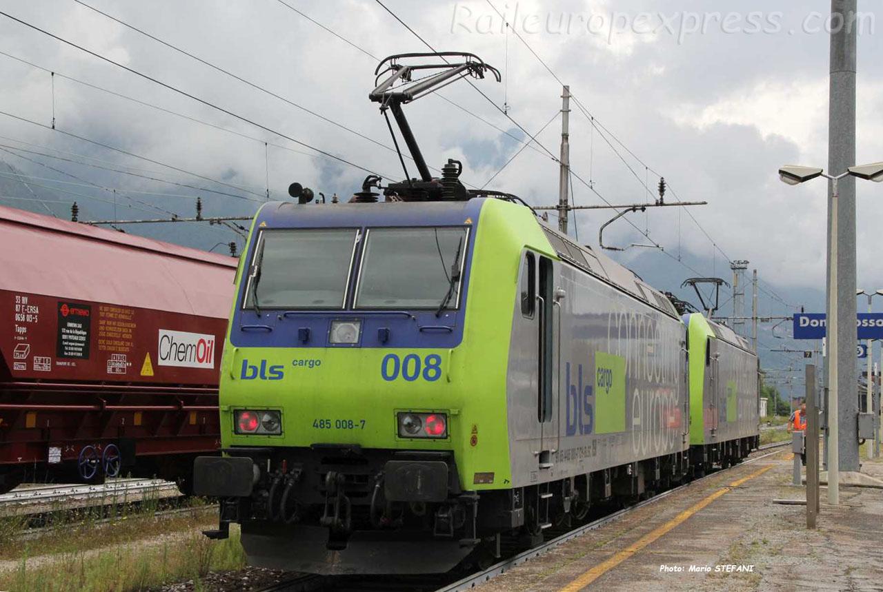 Re 485 008-7 BLS à Domodossola (I)