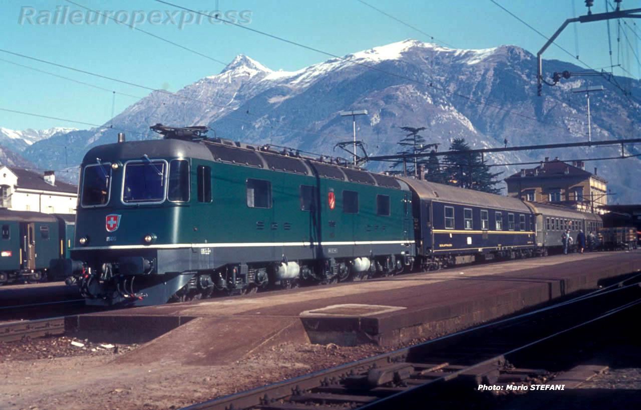Re 6/6 11606 CFF à Bellinzona (CH)