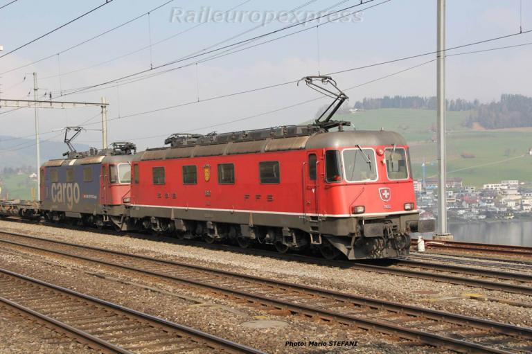 Re 6/6 11682 CFF à Immensee (CH)