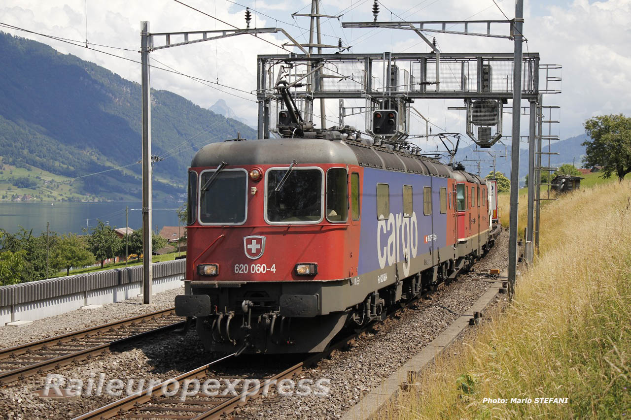 Re 620 060-4 CFF à Immensee