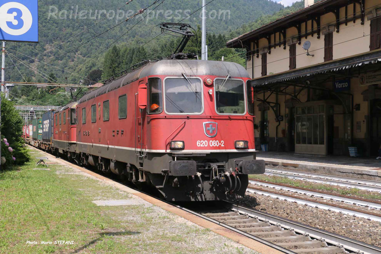 Re 620 080-2 CFF à Varzo (I)
