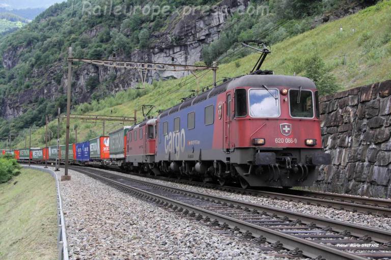 Re 620 086-9 CFF à Fedoccio Chiggiogna (CH)