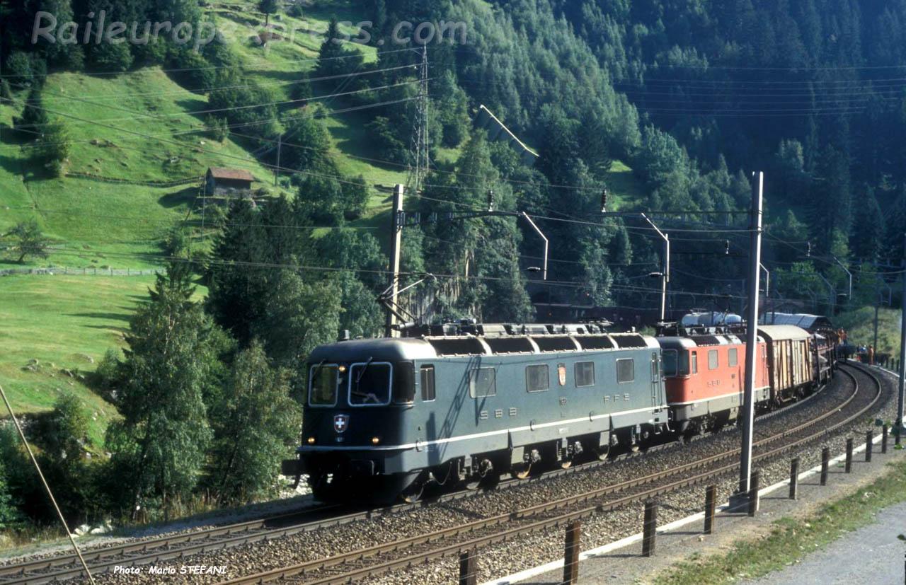 Re 66 CFF à Wassen (CH)
