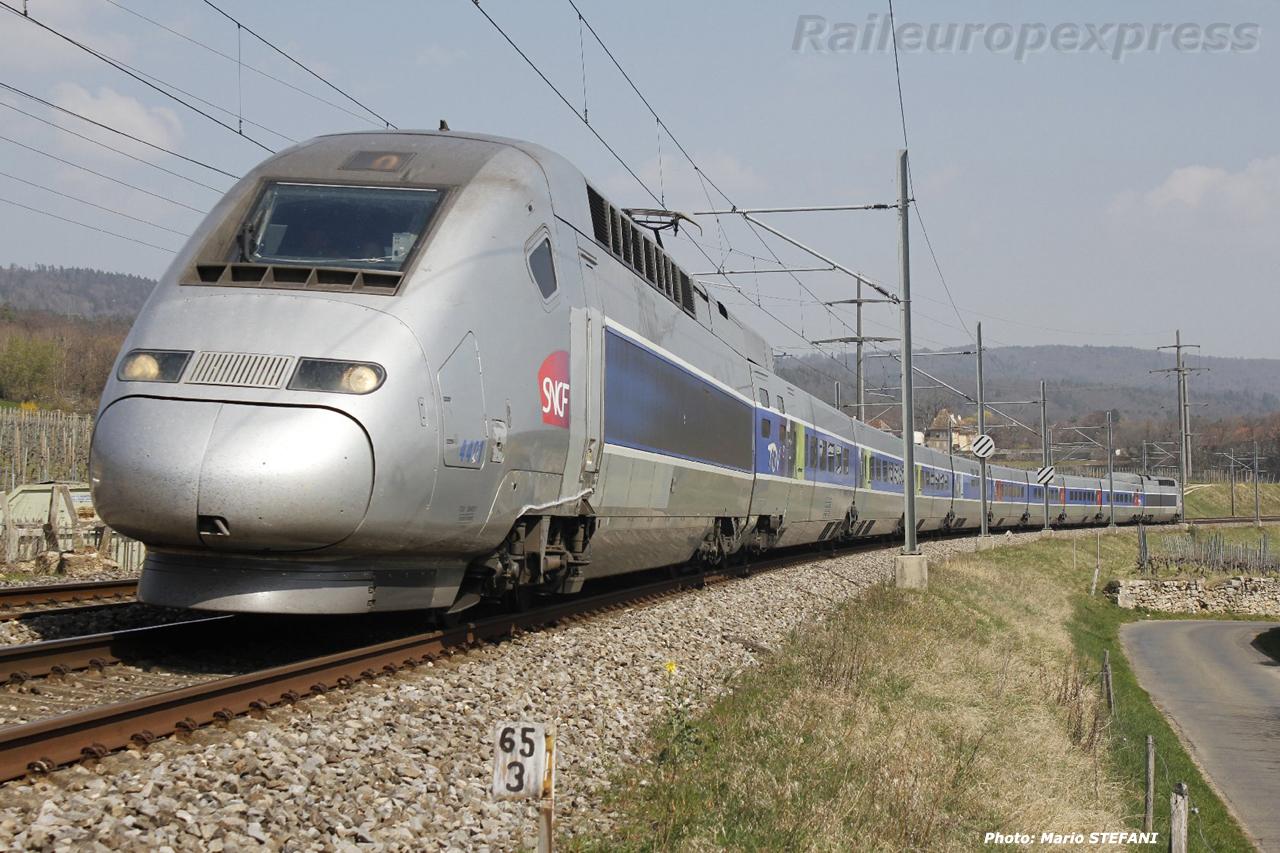 TGV 4401 à Boudry