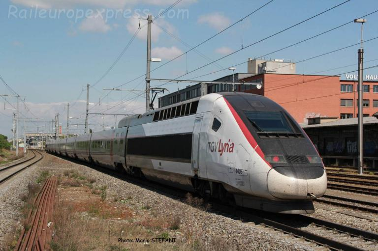 TGV Lyria  4406 à Basel (CH)
