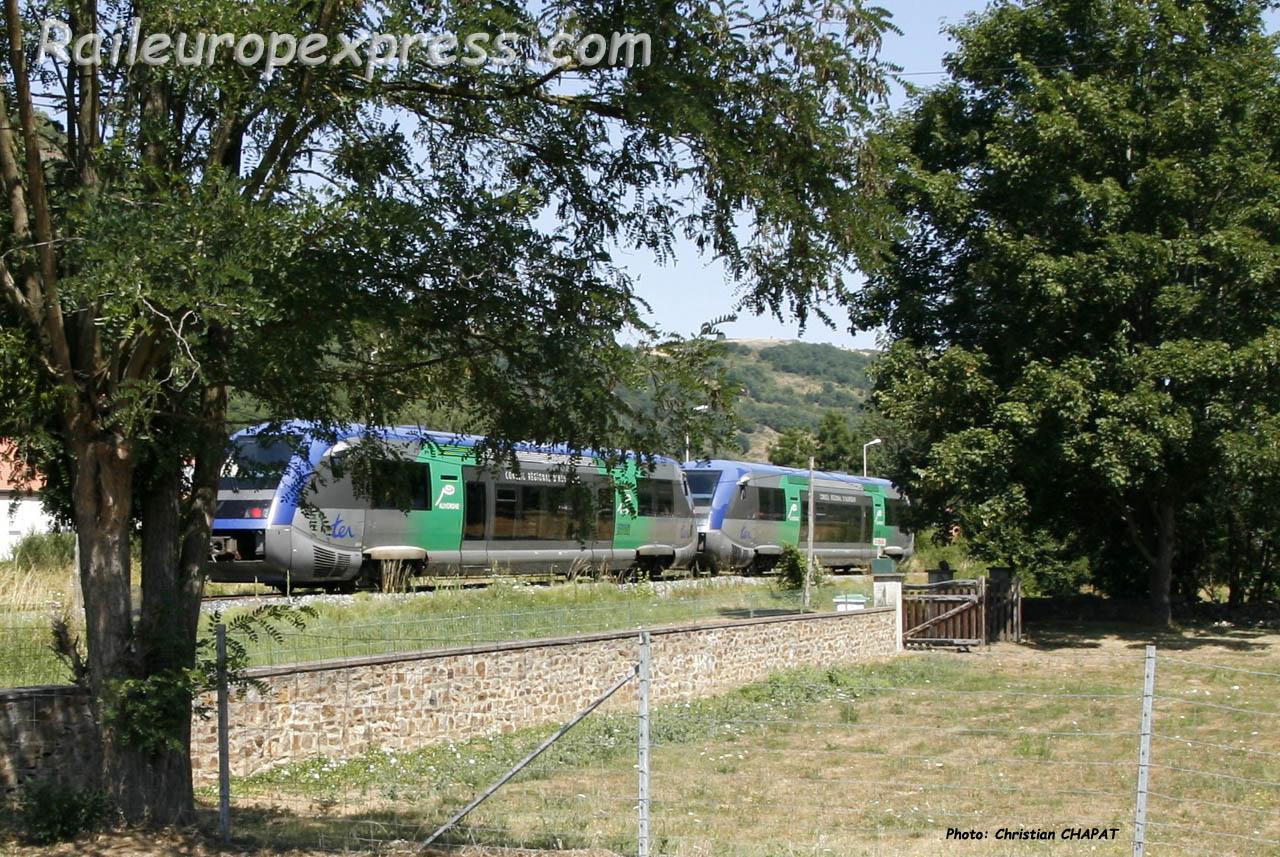 UM d' X 73500 SNCF à Massiac (F-15)