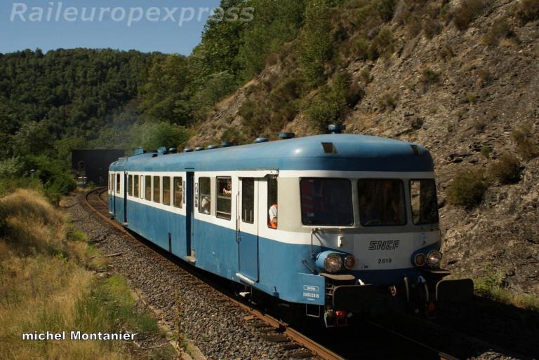X 2819 à Villefort