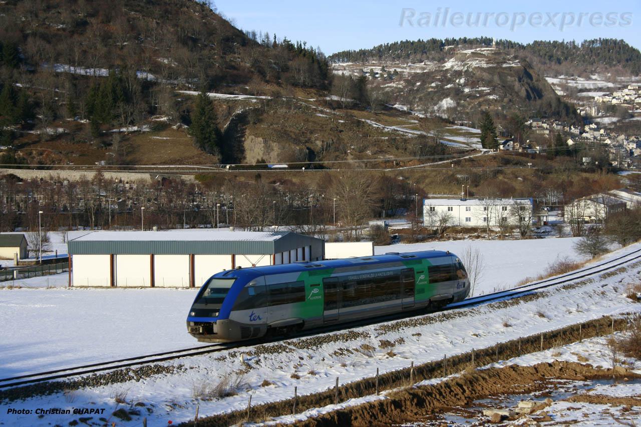 X 73500 à Murat (F 15)