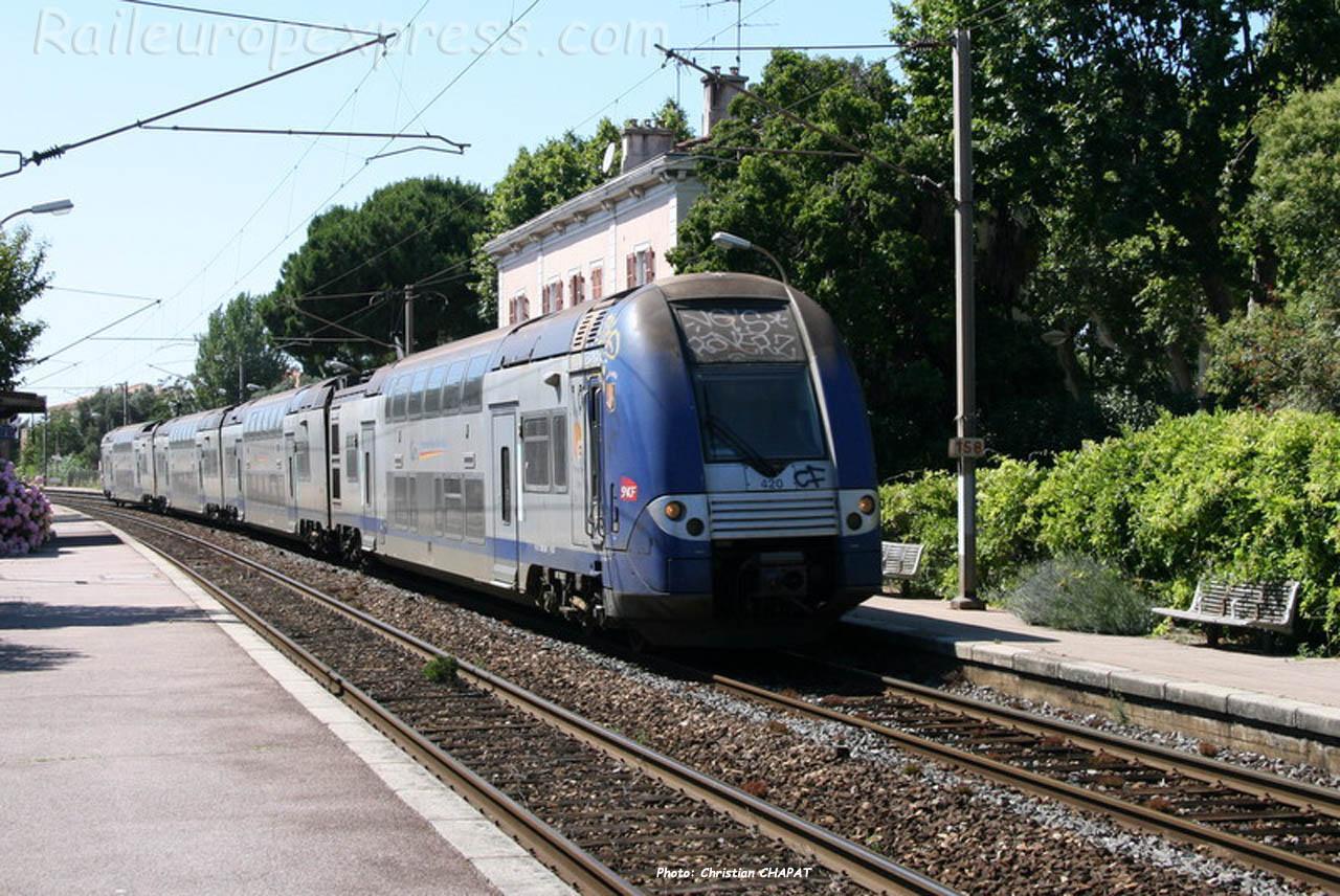 Z 24500 SNCF à Fréjus (F-83)