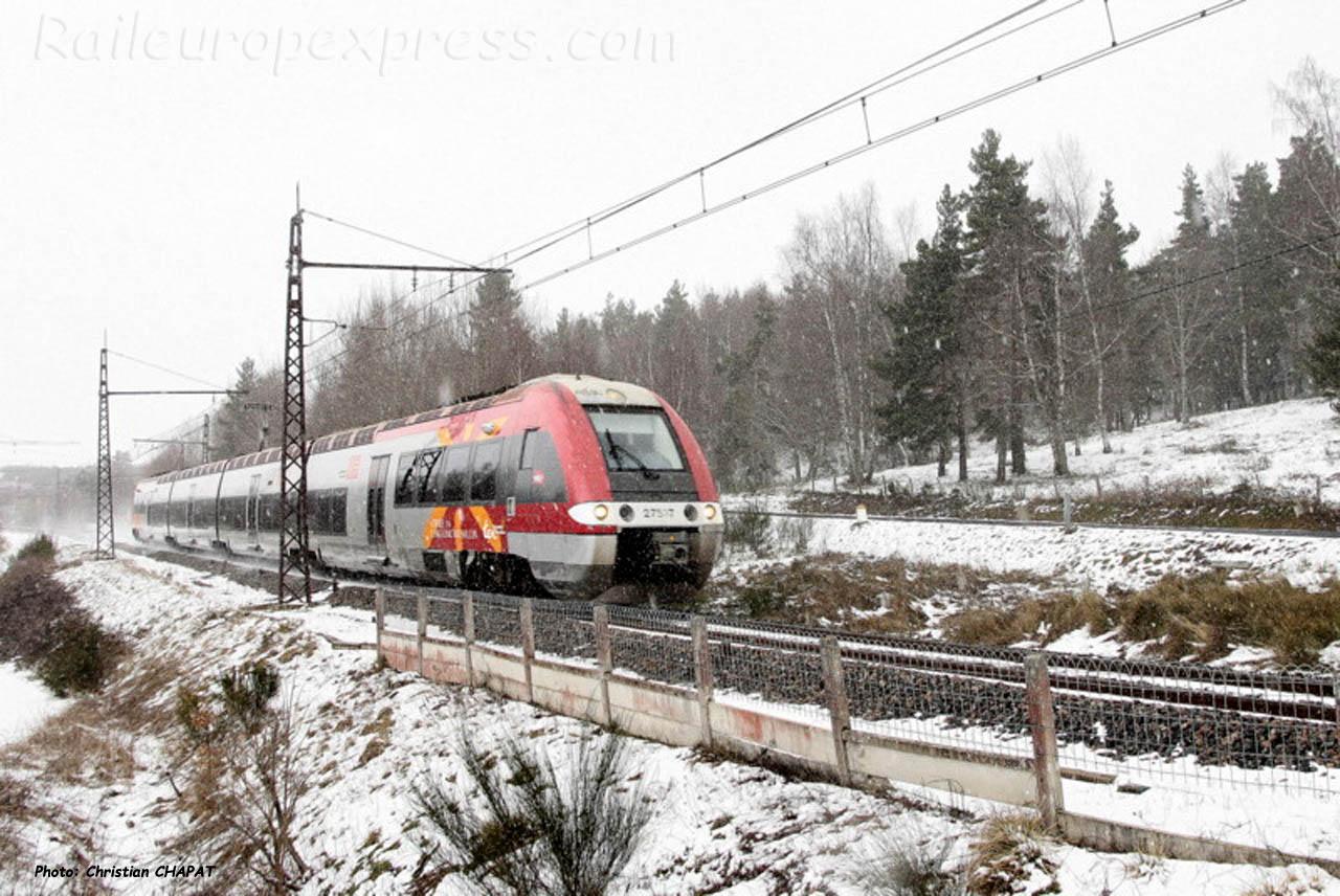 Z 27535 SNCF à Arcomie (F-48)