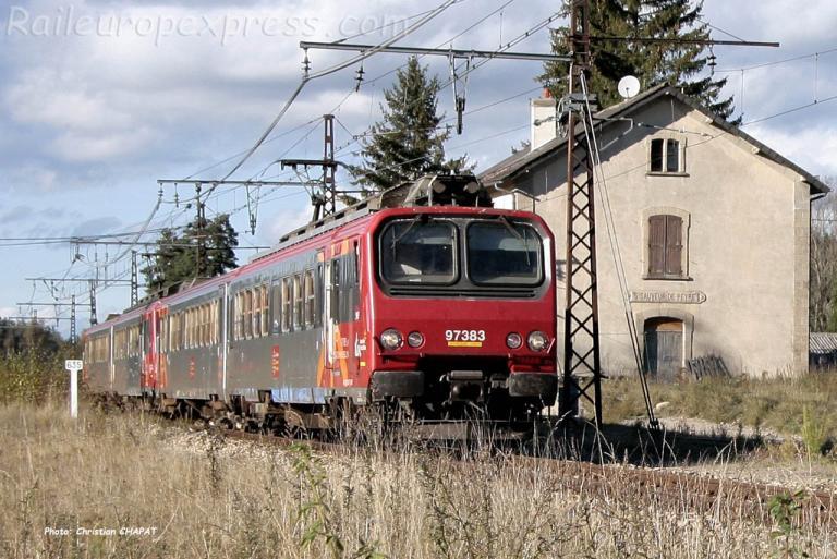 Z 7383 SNCF à Saint Sauveur de Peyre (F-48)