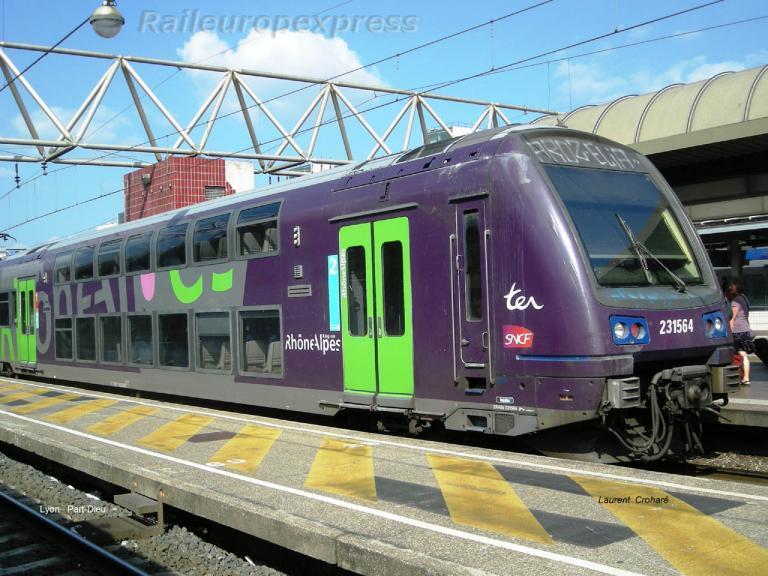 Z2N SNCF à Lyon Part Dieu (F 69)