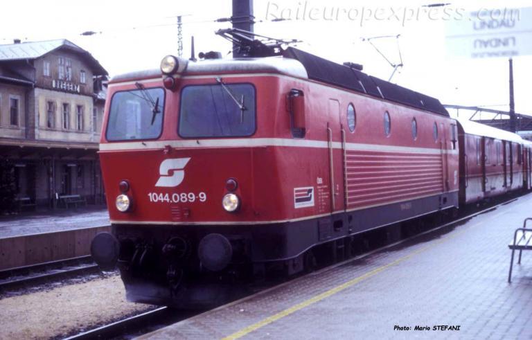 1044 089-9 OBB à Bregenz (A)