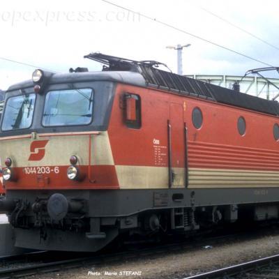 1044 203-6 OBB à Salzburg (A)